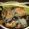 Nouilles sautées au poulet et petits légumes