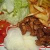"Assiette ""salade tomate oignon"" et sa viande grec"