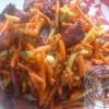 Salade de légumes et saucisson