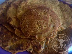 Socca indienne ou crèpes indienne à la farine de pois chiche